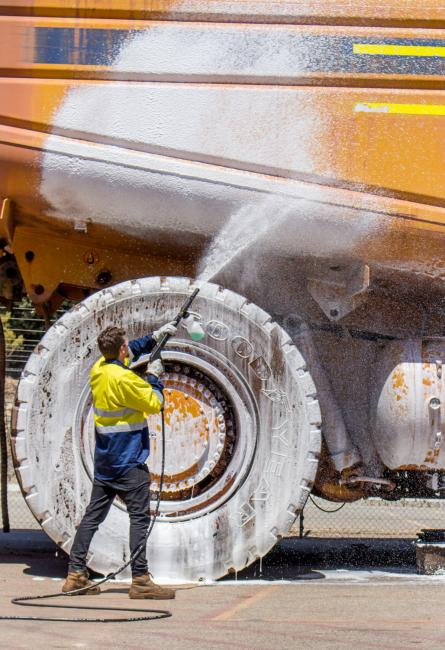 Foaming a large CAT transport truck